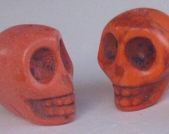 skull orange 13 x 12 mm - 10 beads howlite