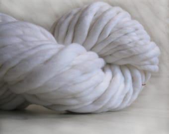 white yarn, chunky blanket yarn, extra bulky yarn ATLAS 3.5 oz 18-20 yards, thick wool yarn, white thick yarn