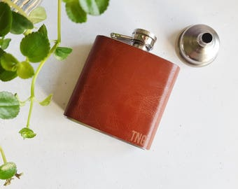 Custom Leather Flask, personalised wedding hip flask, customised fathers day flask, engraved flask, genuine leather customised flask barware