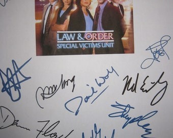 Law & Order SVU Signed TV Screenplay Script X12 Autograph Mariska Hargitay Christopher Meloni Richard Belzer B.D. Wong Ice T Dick Wolf