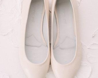 White wedding shoes, Wedding shoes, bridal ballet flats, low wedding shoes, bridal flats, wedding flats, leather shoes, ballet flats