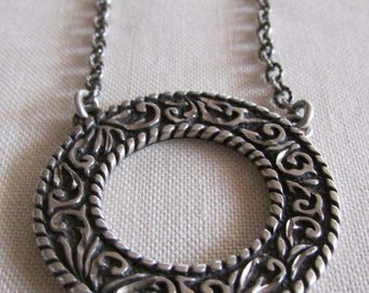CR Sterling Silver Circle Necklace