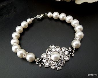 swarovski crystal bridal pearl bracelet bridal bracelet crystal bracelet statement bracelet vintage style swarovski pearls pearl CLAUDE