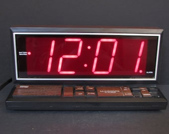 Vintage Radio Shack Large Numbers Woodgrain Alarm Clock/ Rare Micronta Alarm Clock w/ Snooze & extra large numbers. Excellent Cond'n