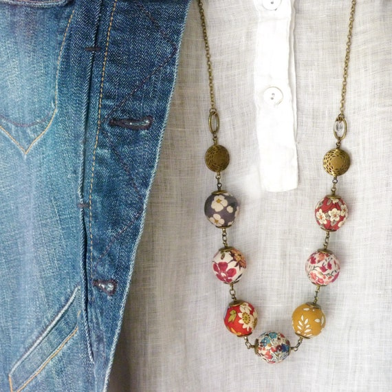 Liberty necklace, Boho necklace, Fall necklace, Textile beads, Textile jewelry, Red jewelry, Boho chic jewelry, Liberty prints, Fall colors