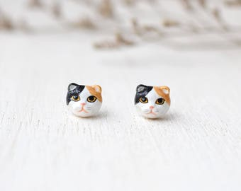Scottish fold cat earrings, Cat Stud Earrings, polymer clay cat, cat sculpture, cat lover gifts