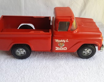 Vintage  Buddy  L  Zoo Pickup  Truck