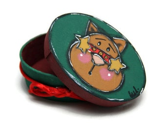 Reindeer head on painted box - Jewelry box with little reindeer - Green gift box with reindeer
