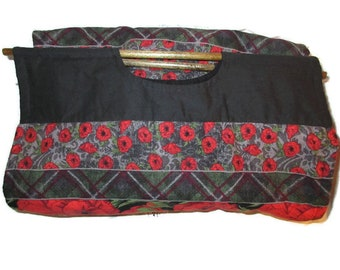 "Insulated Casserole Carrier - 9"" x 13"" Dish Carrier in red and black printed floral fabrics - Poppies"