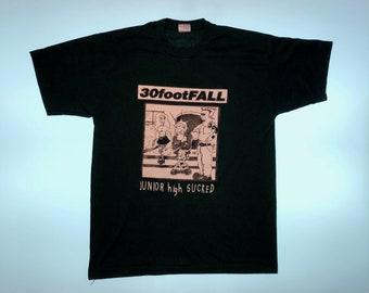 30footFALL - Vintage Punk T-Shirt Large