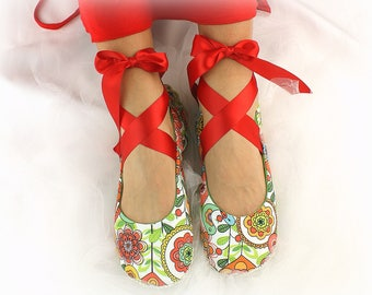 Red and Green Paisley Custom Ballet Flats, Cotton Floral Bridal Wedding Flats with Ties, Tea Party, Garden Wedding Flats