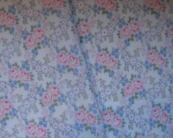Floral Vintage Sheet, Fat Quarter, Vintage Bed Linen, Flannel Fabric, Vintage 60s Fabric, Floral Vintage Bed Sheet, Cute Nursery Fabric