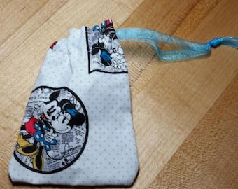 Mickey loves Minnie Newsprint Inspired Drawstring Bag