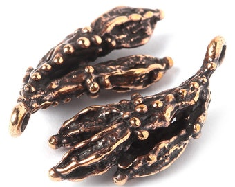 Bunch of three bronze seeds pendant jewelry findings - Jewelry findings plant dot, antique bronze 0524(2). Designed and made by Anna Bronze.
