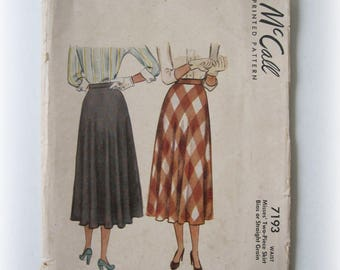 Vintage McCall's 7193 Skirt Pattern...Practical, Perky, Mid-Century Modern!