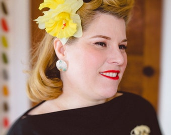 Victory Rolls - The Easy Way - Vintage Hair Tutorial sheet, hair how to, do it yourself