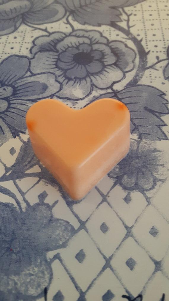 Zesty orange wax melts.  Vegan eco friendly soy wax melts.  Hand poured scented soy wax melts for oil burners.  Made in Wales