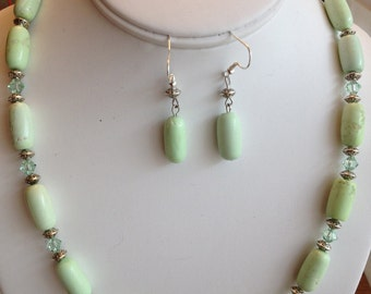 Soft Green Necklace and Earring Set