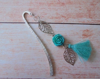 """Bookmark tassel and silver """"flower"""""""
