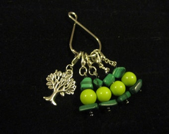 Tree Clip on Stitch Markers