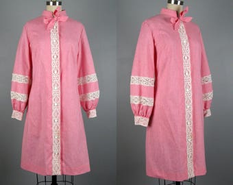 Vintage 1960s Shift Dress 60s Pink Dress with Bishop Sleeves and Lace Insets by Beeline Size M