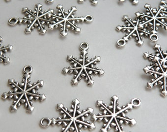10 Christmas Snowflake antique silver plated charms 20x17mm winter snowflake9 DB02023