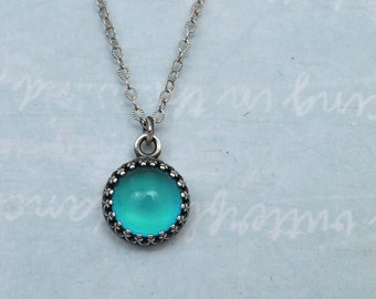 mood necklace, MOODSTONE NECKLACE, color changing mood cab necklace with sterling silver chain