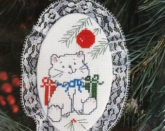 SUMMERSALE Designs for the Needle Lace Ornament Kitty kit