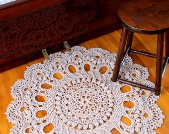 Giant Doily Crochet Rug, Rustic Rug, Splendid pattern crochet rug, floor matt, cotton doily rug, round rug, beige cotton yarn