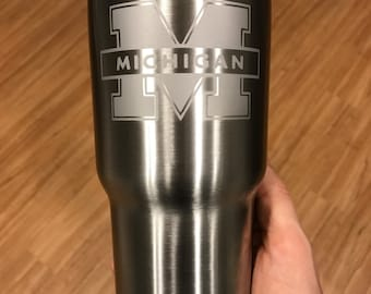 30oz University of Michigan Engraved Stainless Steel Tumbler Thermos Yeti   RTIC Hogg