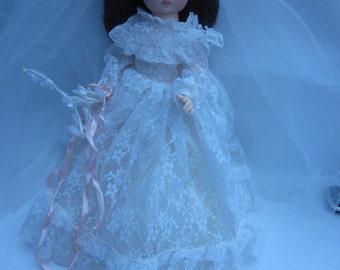 Vintage Allied Eastern bride doll