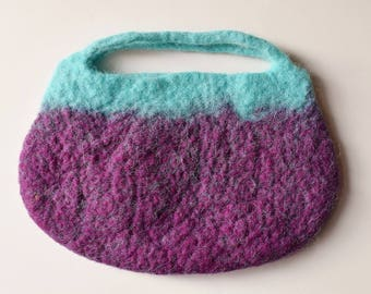 Bag turquoise berry