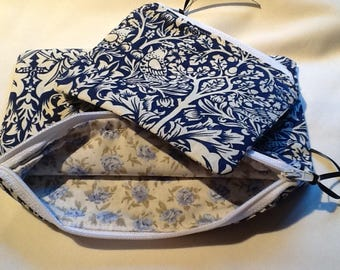 William Morris Print Zipped,Lined Set of Two Handy Bags.