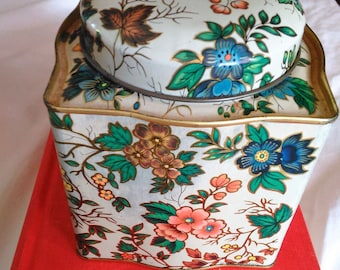 Vintage DAHER Floral Tin Box Container Flower Tin made In England