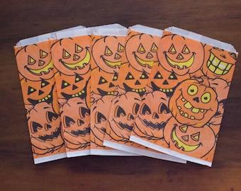 Lot of 6 Vintage Fun-World Jack-O-Lantern Faces Halloween Paper Treat Bags