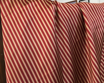 Red or Brown Stripes on Gold