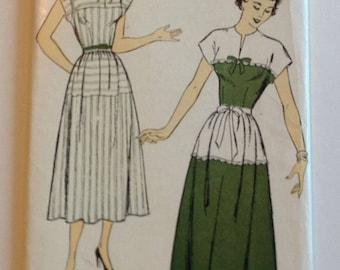 UNCUT New York Pattern 657 Ladies Dress Size 12 1950's vintage
