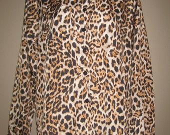 Long sleeve leopard button up blouse