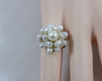 14k Yellow Gold 6mm Round 3mm Baroque White Pearl Cluster Ring Size 5 4.5g