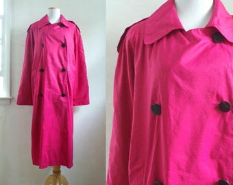 80s pink trench coat water resistant long military double breasted coat 1980s PERRIETTE B fuchsia raglan rain jacket womens small/medium