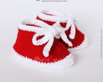 Unisex baby booties knit wool red and white spirit sneaker with the Mare hand knitted lace ' stitch