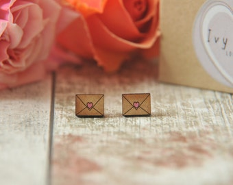 Cute love letter Studs earrings sealed with a kiss