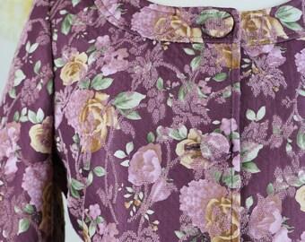 Short Boho Vintage Floral Damask Brocade Fitted Jacket Blazer Summer Wedding 3/4 Sleeve Scoop Neck Tailored Size Small Medium Purple Gold