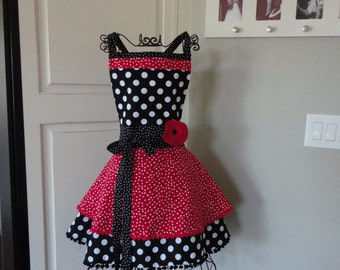 """Cadillac Red Dot """"Annabelle Style""""   Retro Modern Womens Apron ~ 4RetroSisters"""