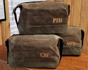 Set of 7 Mens Toiletry Bag Dopp Kit Shaving Kit Groomsmen Gifts Waxed Canvas Monogrammed Gifts for Groomsmen