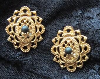 Vintage Filigree Oval Clip Earrings