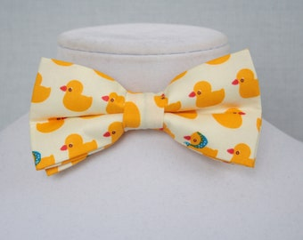 bow tie for man with duck pattern