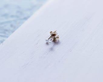 Tiny Dot Sized 2.5mm Pearl Stud Earring// Available as a Single or Pair// Freshwater Pearl set on a Sterling Silver or 14k Solid Gold