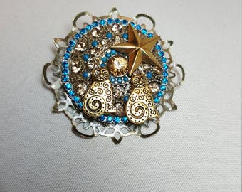 Re-purposed, upcycled assemblage vintage style cat kitties and star pin brooch
