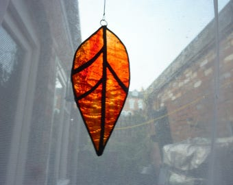 Leaf suncatcher,Red leaf, Stained glass leaf